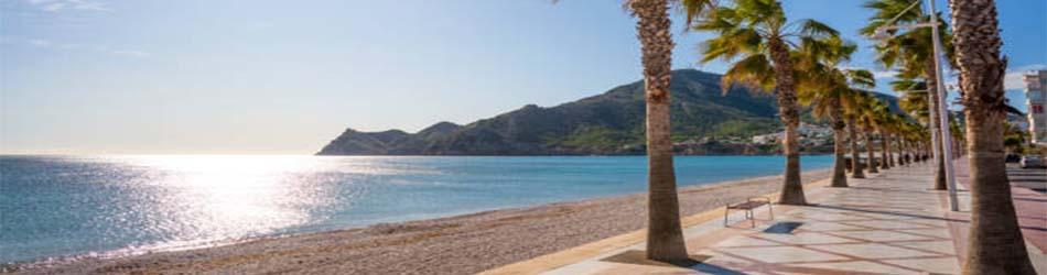 Villas to rent on the beach Altea